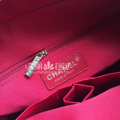 包包样式设计图-e香奈儿流浪包款式图片与价格