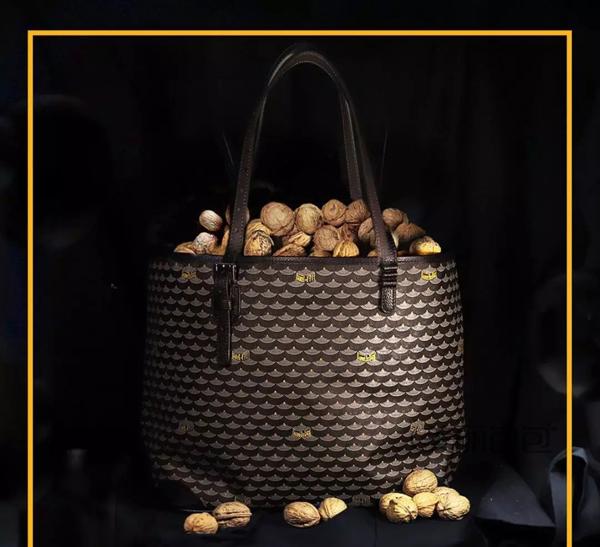 盘点今年回潮的老花包 你喜欢哪个品牌的?