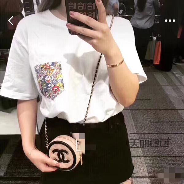 福州哪里有卖香奈儿包包 香奈儿网红小圆包 时髦女孩居然都用它装零
