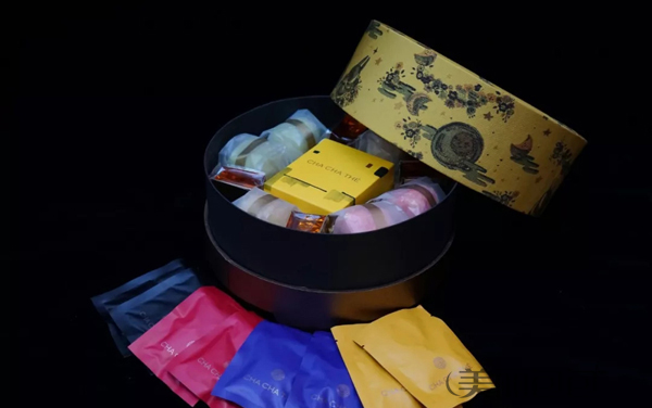 中秋节吃月饼 奢侈大牌都为你准备好了