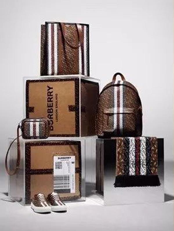 巴宝莉包包怎么选?最近有哪些时髦又高级的新款?