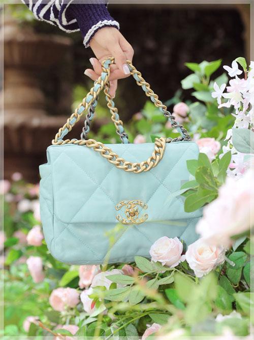 香奈儿19系列包腰包钱包 你喜欢的新颜色都在这儿了!