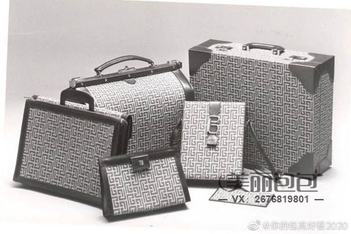 Lisa的2021新包攻略 思琳盒子包和迪奥马鞍包谁更C位?