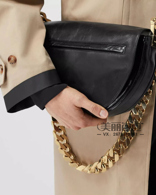 解锁巴宝莉2021新款 Pocket Lola Olympia包包看点