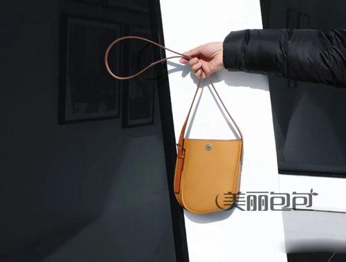 厉害了!特别款爱马仕铂金包,除了藤编和绑带,还可以斜挎
