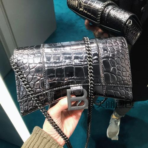 新版巴黎世家沙漏包 迷你链条包款式评测