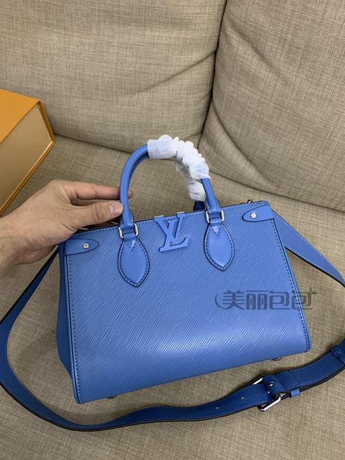 按颜色选包包 这些蓝色的lv包你可喜欢?