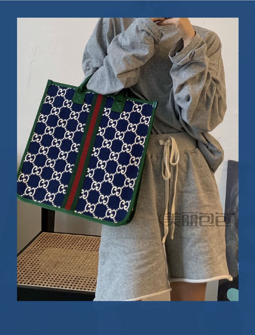 gucci儿童包又来抢钱了!时尚不贵 这款丹宁蓝色双G帆布tote包好喜欢!
