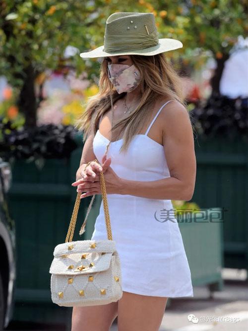 性感女王詹妮弗洛佩兹 究竟有多宠爱马仕包包?