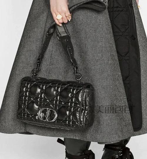 dior2021秋冬新款女包来了 智秀和你种草
