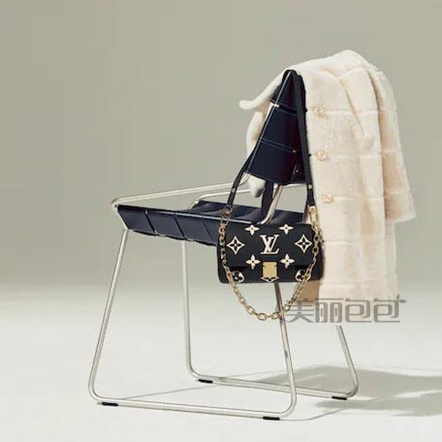lv最经典系列speedy枕头包枕头推出20cm尺寸了!