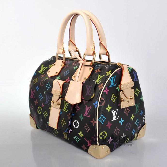 30 lv包,是小马哥时代的作品,由日本设计师村上隆创作的多彩花纹,繁华