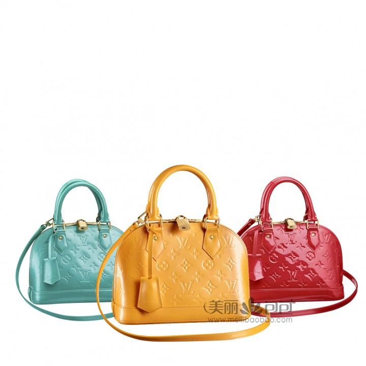迪奥蒙田包全球价格对比,巴黎名品中最诱人的几款漆皮包包
