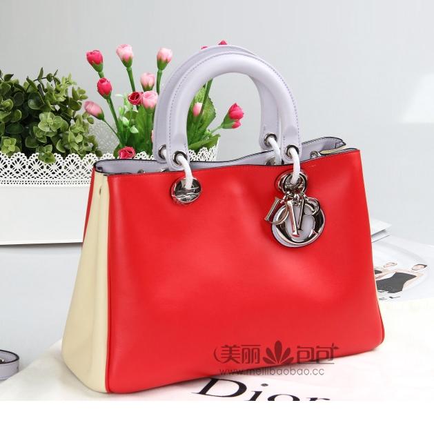 扎上丝巾更美的奢侈品手提包-美丽包包名品网时尚