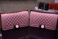 浅粉色羊皮LE BOY潮包 代购级最优复古双C扣67086