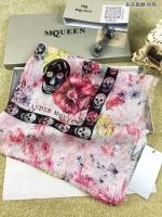 最新恨货 薄如蝉翼的McQueen麦昆16年春夏款女士方巾 100%真丝
