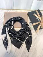 香奈儿新款丝巾 字母网格图案大方巾披肩